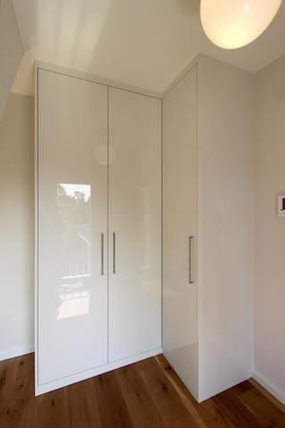 Eckkleiderschrank weiß  Einbauschränke / Einbaumöbel / Eckschränke | Cabinetworks ...