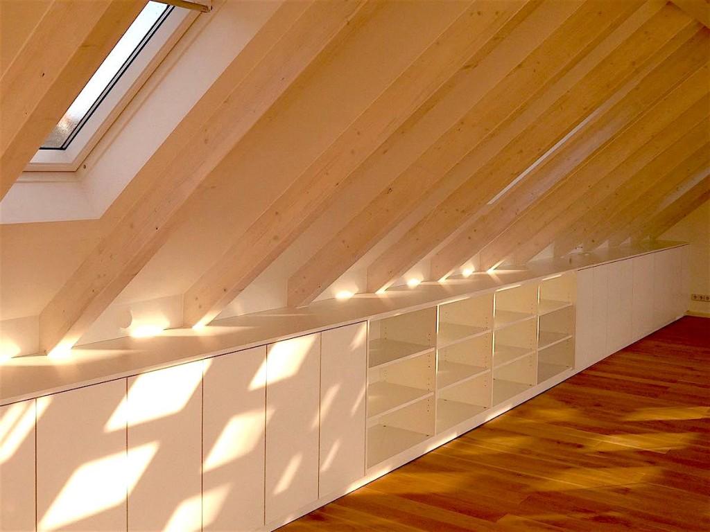 Sideboard-Dachschräge